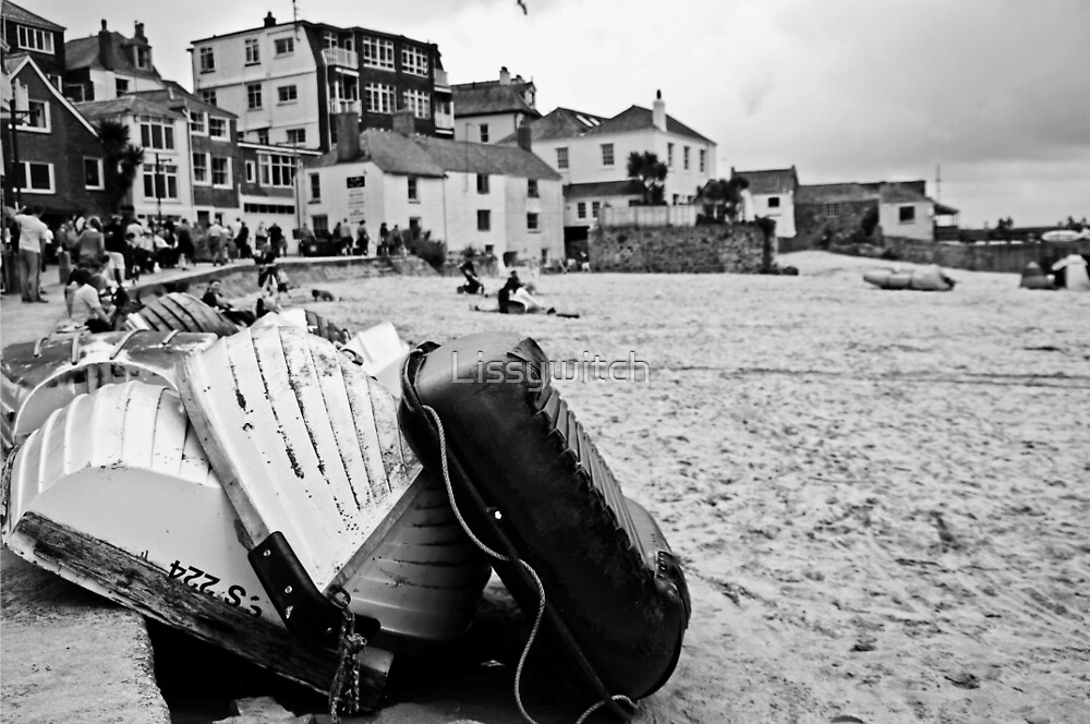 Low tide at St Ives (monochrome) by Lissywitch