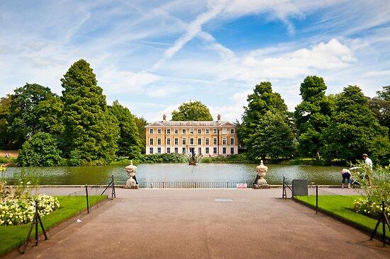 Museum No1: Kew Gardens, London, UK by DonDavisUK