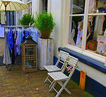 Springtime shopping......... by Dirk van Laar