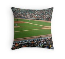 swing batter Throw Pillow