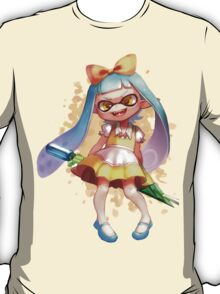 ALICE IS A SQUID!? T-Shirt