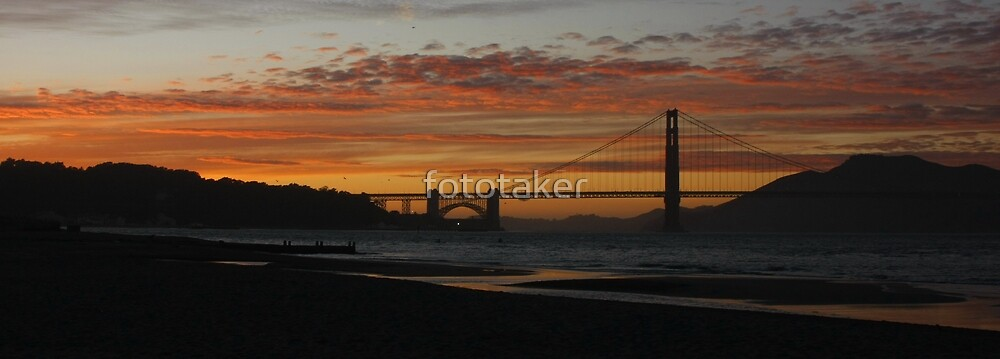 cloudy SF sunset by fototaker