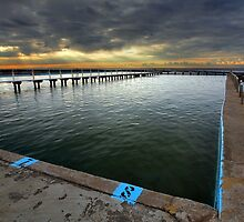 Narrabeen Pool by Malcolm Katon