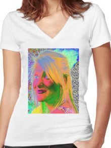 Do You Dream in Colour Women's Fitted V-Neck T-Shirt