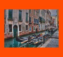 Gondolas In Venice Italy Kids Clothes