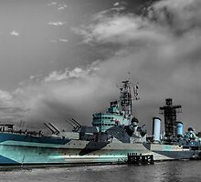 Vintage HMS Belfast by Tim Hall
