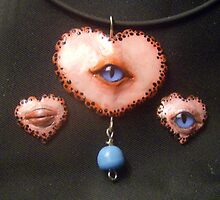 Keep an eye on your Heart Pendant by mystapring