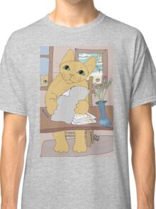 IS THAT CAT A WRITER? Classic T-Shirt