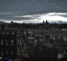 Gloomy day in Edinburgh by Laura Cooper