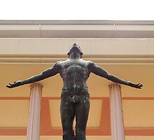 University of the Philippines Oblation (front view) by walterericsy
