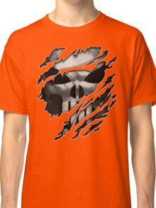 Silver Skull torn tee tshirt Classic T-Shirt