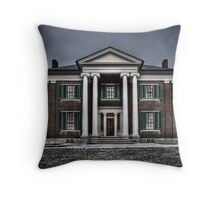 Plantation House Throw Pillow
