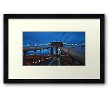 Luci sul ponte al crepuscolo Framed Print