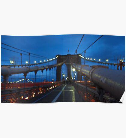 Luci sul ponte al crepuscolo Poster
