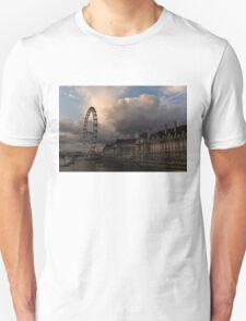 Sky Drama Around the London Eye Unisex T-Shirt