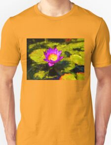 Vivacious Waterlily Impression T-Shirt
