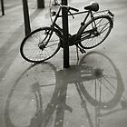 Bicycle in Paris by Laurent Hunziker