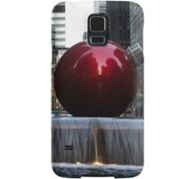 A Christmas Card from New York City - Manhattan Skyline Reflecting in Giant Red Balls Samsung Galaxy Case/Skin