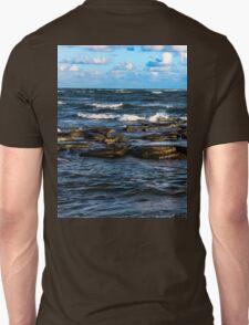Smashing waves T-Shirt