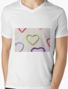 Grá Glas Mens V-Neck T-Shirt