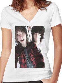 Kohnnie Women's Fitted V-Neck T-Shirt