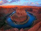 Horseshoe Bend by Inge Johnsson