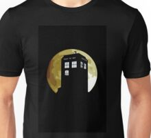 The Bad Wolf howling to the moon Unisex T-Shirt