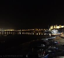 Conwy at night by Johindes