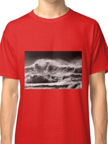 Winter Waves At Pipeline Classic T-Shirt