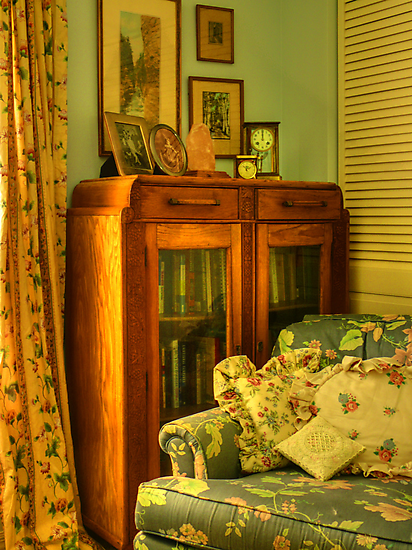 Cottage Corner by Susan  Kimball