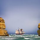 The Ghost Ship - 12 Apostles by Hans Kawitzki