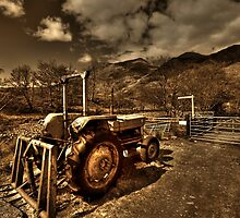 Rusting Tractor 2 by Drodbar