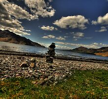 Stone pile at Loch Hourn by Drodbar