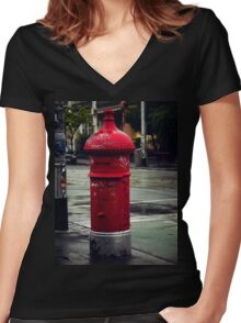 Postman Pat Women's Fitted V-Neck T-Shirt