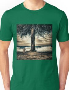 the cat and the sea Unisex T-Shirt