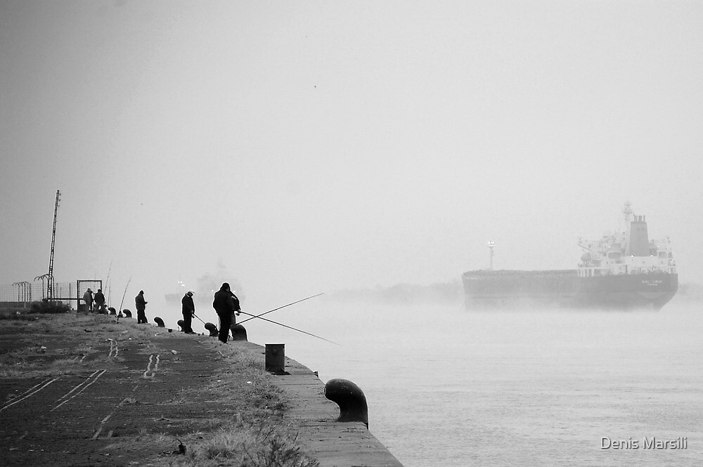 Pescadores del Parana by Denis Marsili - DDTK