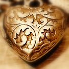 Carved heart  by Sparowsong