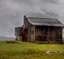 Miners Hut by Elaine Short