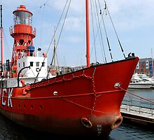 Lighthouse ship Helwick by buttonpresser
