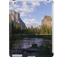 Yosemite Valley 2 iPad Case/Skin