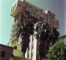 Hollywood Tower Hotel by skipperjordan