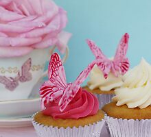 Butterfly Cakes by adellecousins