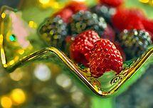 Treat of Berry by LudaNayvelt
