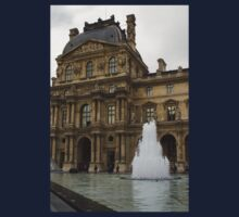Of Pale Pastels and Palaces - the Louvre Courtyard in Paris Kids Clothes