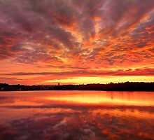 Red Burning Sky by LudaNayvelt