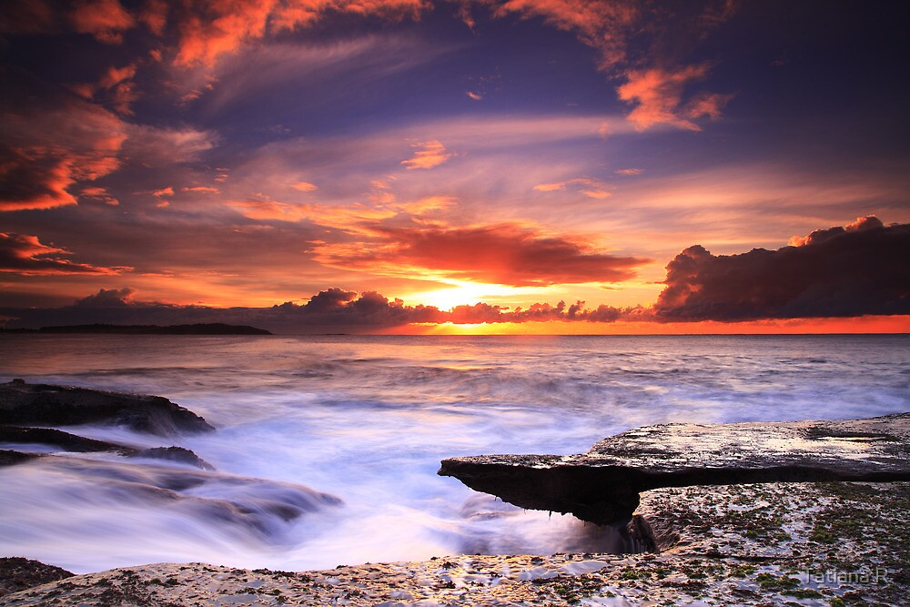 Nature's Theatre - Dee Why by Tatiana R