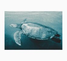 Green Turtle Surfacing - Grand Cayman Kids Tee