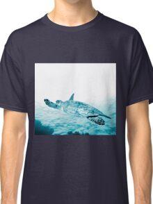 Turtle Gliding Classic T-Shirt