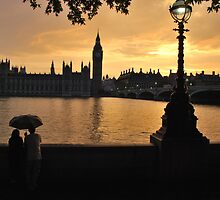 Romantic Sunset in London by Alessandro Pinto
