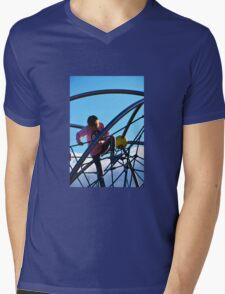 CLIMBING Mens V-Neck T-Shirt